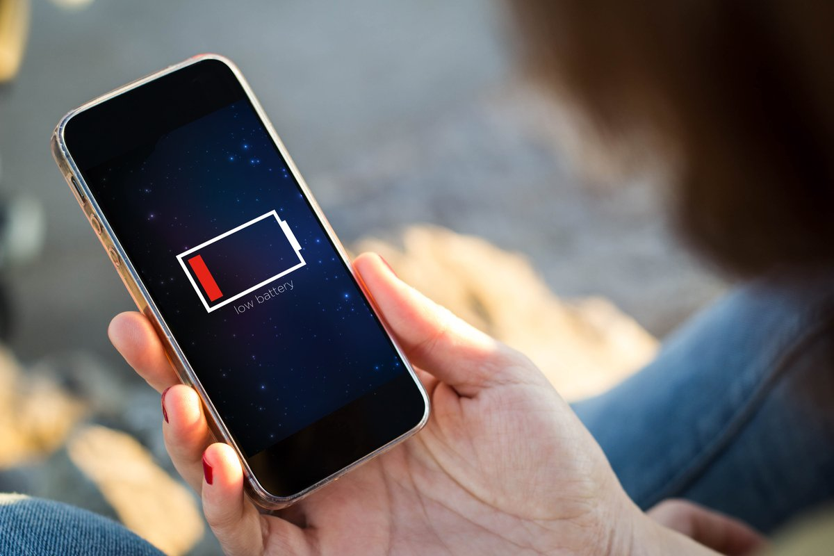 Three Tips To Help Your Smartphone Battery Last Longer